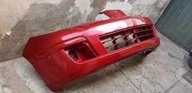 Parachoques delantero original. Auto Nissan-Tida-2013.