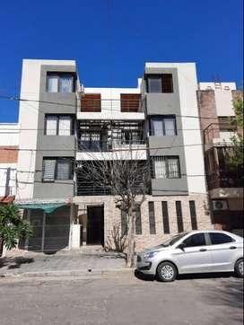 Alquiler Alta Córdoba a mts Plaza 1 dorm. Hermoso Balcón vista Dpto a ESTRENAR 3er piso por escalera INCLUYE EXPENSAS