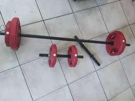 LIQUIDO Kit barra + mancuernas + pesas