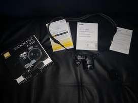 Cámara Nikon Coolpix L310 Usada