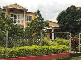 Excelente casa en Km 30 vía Calarcá / Caicedonia en Condominio Valle del Sol