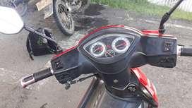 Moto auteco con freno de disco delantero y tracero monoshock  y papeles al dia