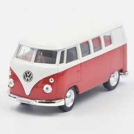 Volkswagen Classical Bus 62 Rojo - Escala 1:36 Ref 957