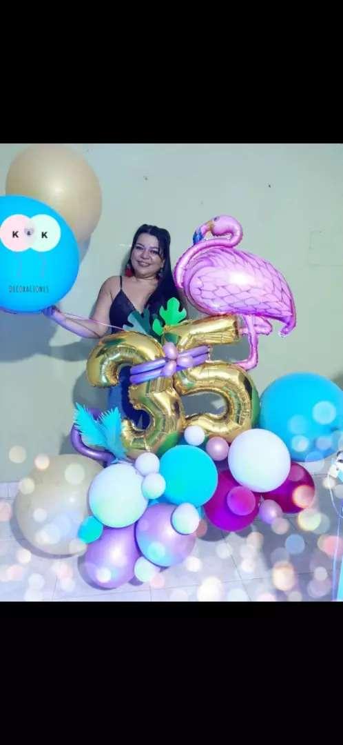 Espectaculares Bouquets de globos y desayunos 0