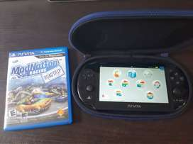 PlayStation Vita Negra Con Forro y 5 Juegos