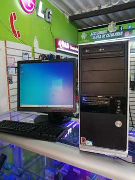 Vendo cambio PC mesa listo para trabajar o estudio 320gb disco y 3gb RAM