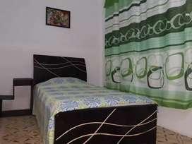 Rento habitación a 1 cuadra del centro de cereté con todo a la mano, BANCOS , TIENDAS, RESTAURANTES Y TRANSPORTE