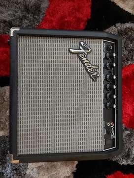 Vendo amplificador fender frontman 15g