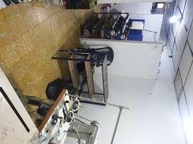 Vendo maquinaria completa para taller de zapateria