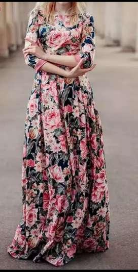 Vestido largo floreado manga