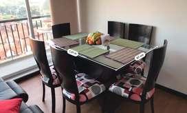 Comedor de 6 puestos mesa en vidrio