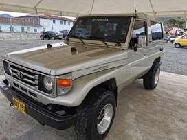 Toyota muy bonita y excelente de mecanica