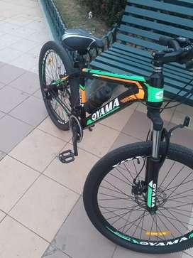 Se vende bicicleta oyama.