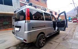 Se Vende changhe  minivan 2014 en perfectas condiciones- todo equipado