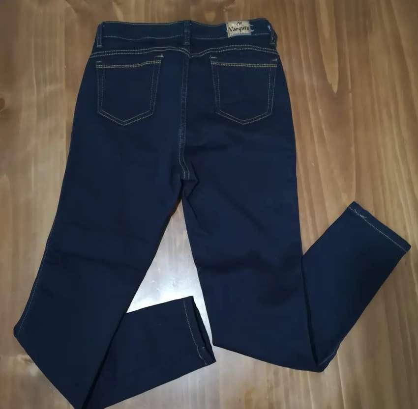 Pantalón jean nuevo para chicas 0