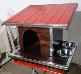 Casa de madera para perros