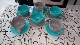 Juego Tasas en Porcelana