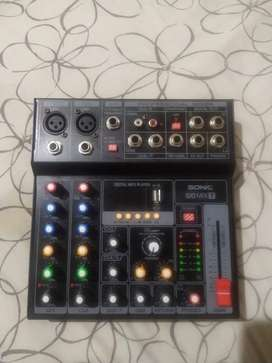 Consola de Audio $50