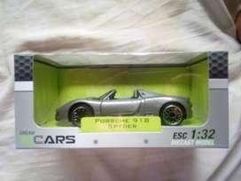 Porsche 918 Spyder 1:32