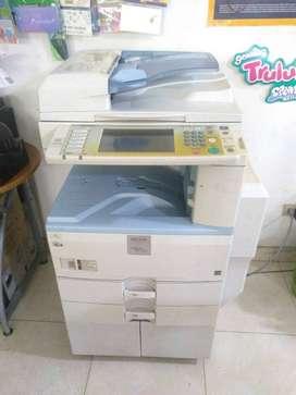 Fotocopiadora Ricoh 2550