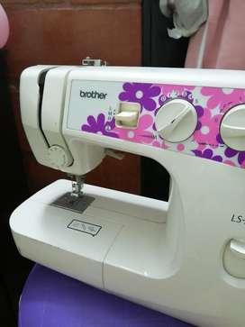Maquina de coser brother LS-2000