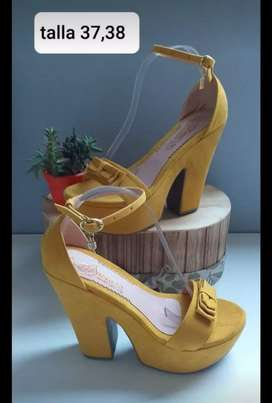 Zapatos de tacón para dama