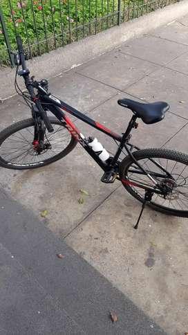 Vendo Bicicleta Trinx 136 pro.