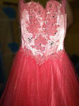 Vestido de quinceañera muy elegante