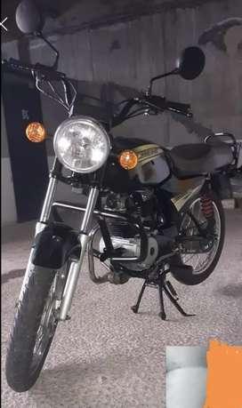 Se vende moto bóxer bm