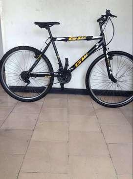 se vende bicicleta GW todo terreno
