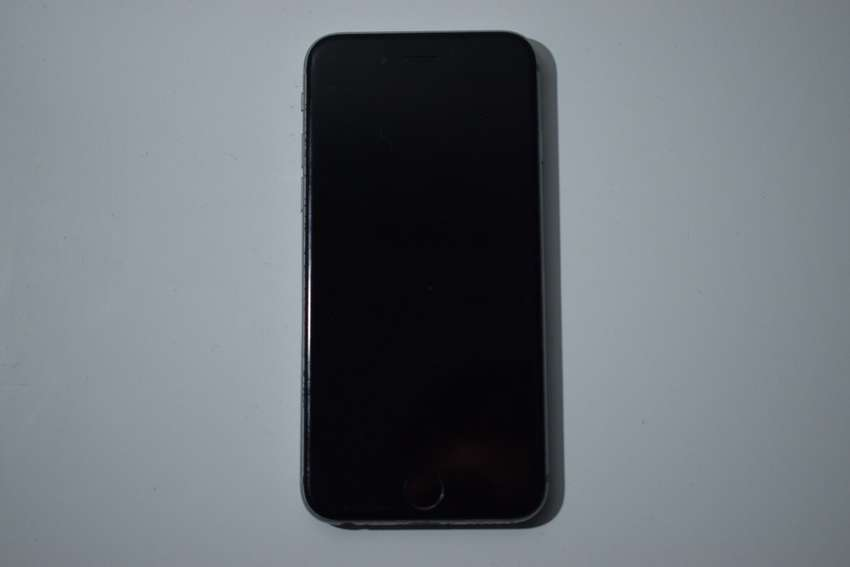 Vendo iPhone 6s de 64 Gb 0