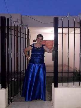 Vestido de fiesta de seda azul Francia,trabajado artesanal, imperdible