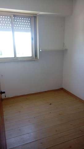 54 esq. 2/ Depto 2 dormitorios