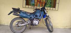 Se vende Moto shineray 200cc en 250$