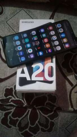 Vendo o Cambio Samsung Galaxy A20