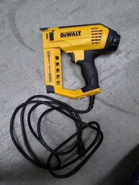 Grapadora/clavadora Electrica Dewalt