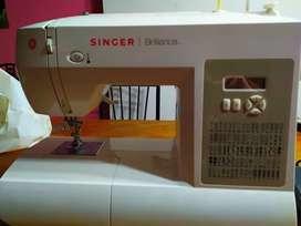 Vendo maquina de coser singer brilliance modelo 6180
