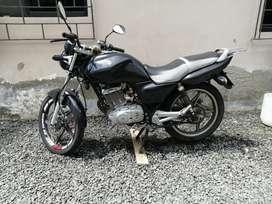Moto suzuki EN 125
