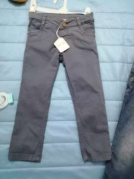 Pantalón nuevo polito 3 t