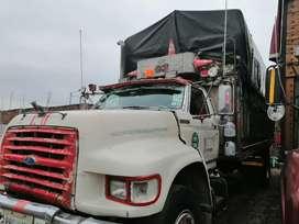 Camión para carga solo persona seria