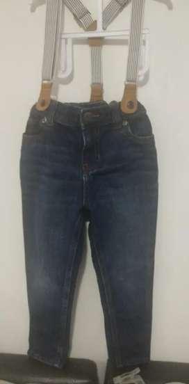 jeans Carters hym Tommy  originales para  niño como nuevos