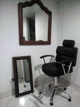 Se vende silla de peluqueria giratoria nueva nueva