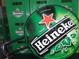 Cartel Heineken Luminoso