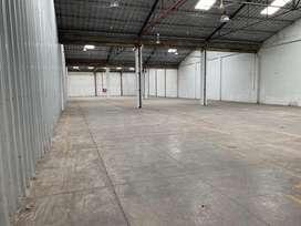 Vendo - Alquilo Fraccionado 4600 mts2 Bodega, Ave. Juan T. Marengo,, sector la Coca Cola