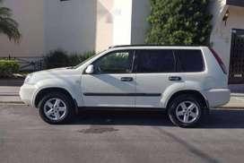 venta de camioneta Nissan Xtrail del 2004 en perfectas condiciones