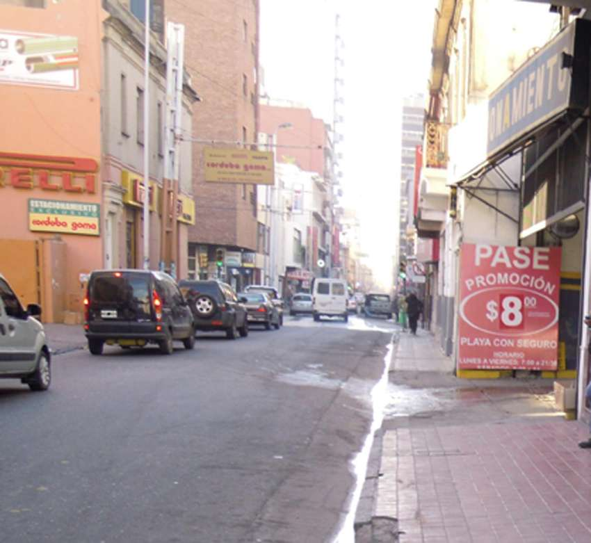Centro La Rioja al 300 0