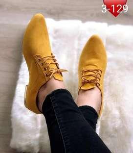 Bellos zapatos para ellas