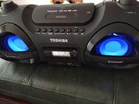 Grabadora Toshiba Boombox bluetooth oportunidad