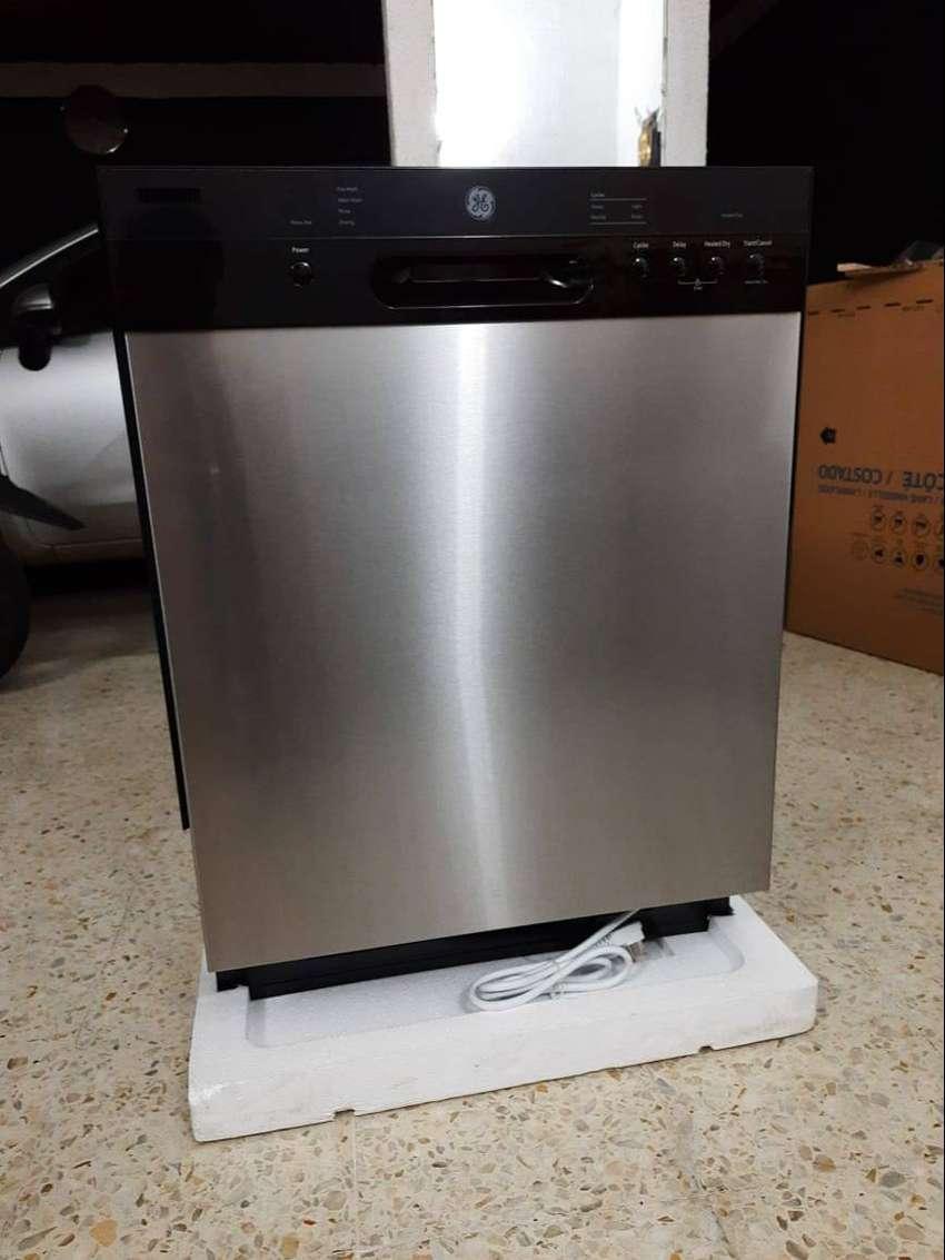 Se vende lavavajilla automatico