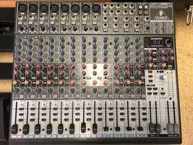 Consola Mixer Behringer 2222fx